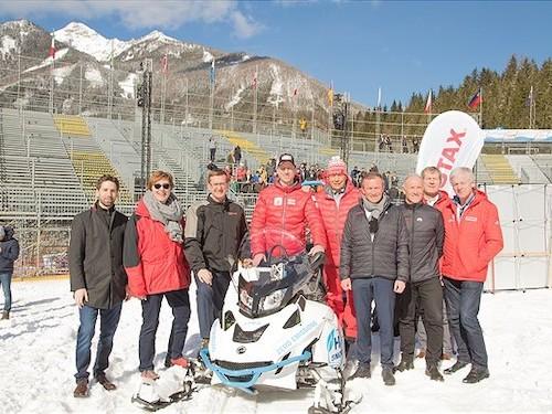 #Rotax präsentiert sein erstes emissionsfreies Schneefahrzeug