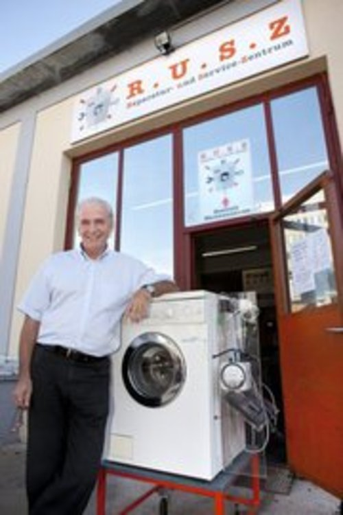 kann jede alte waschmaschine statt auf dem m ll beim r u s z landen. Black Bedroom Furniture Sets. Home Design Ideas