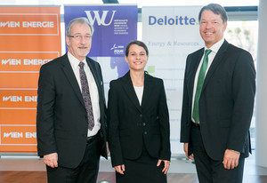 © Deloitte/Hinterramskogler- Mag. Thomas Irschik (Vorsitzender d.Geschäftsführg.,Wien Energie), Univ.-Prof.Dr. Nina Hampl (Projektleiterin,Inst.f.Strategisches Management, WU Wien), Mag. Gerhard Marterbauer (Partner u.Leader Energy&Resources)